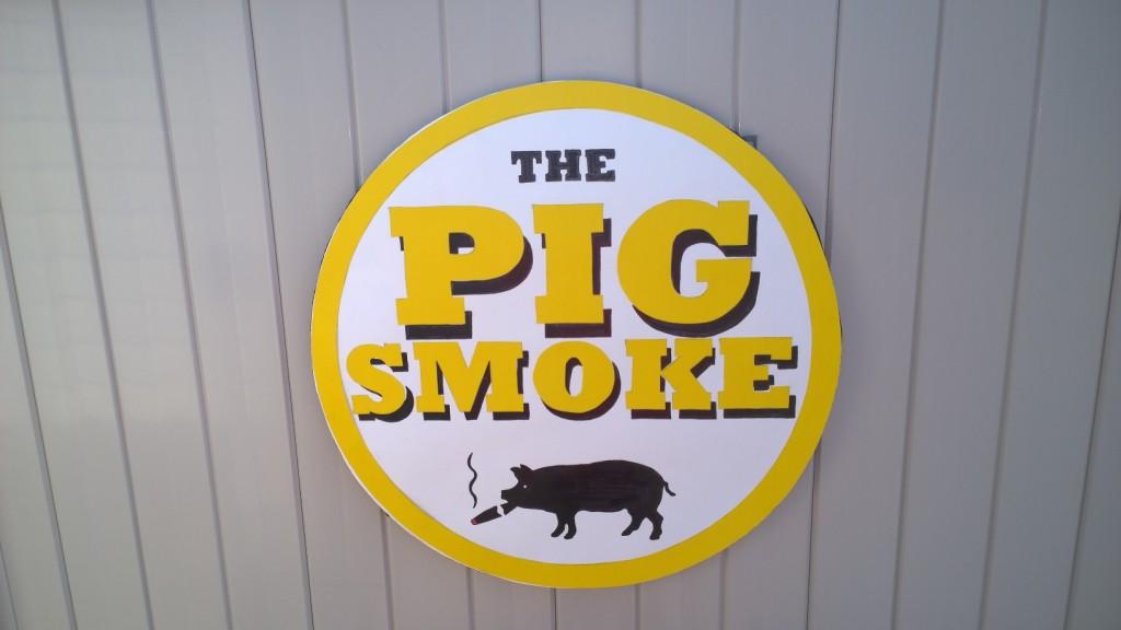 PIG SMOKE SIGN